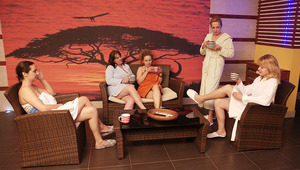 Mature ladies lovimg to unwind and relax