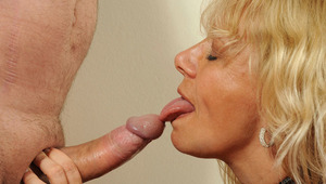 Sara Lynn gets oral pleasure then deep throats her man after she fucks his hard meat.
