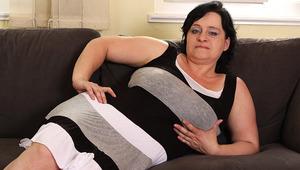 Big breasted mama sucking a hard cock