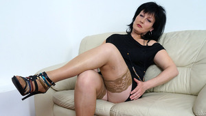 This horny housewife likes to masturbate