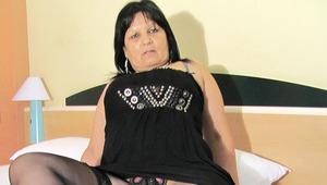 gigantic breasted older Graciela gets herself all round up